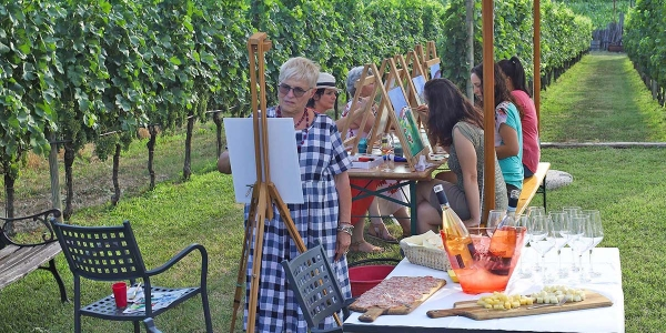Art Experience with food and wine tasting